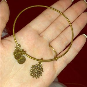 ALEX AND ANI FLOWER CHARM WIRE BANGLE BRACELET